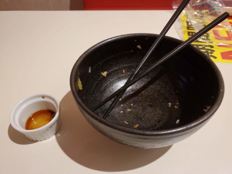 カラオケ ご飯